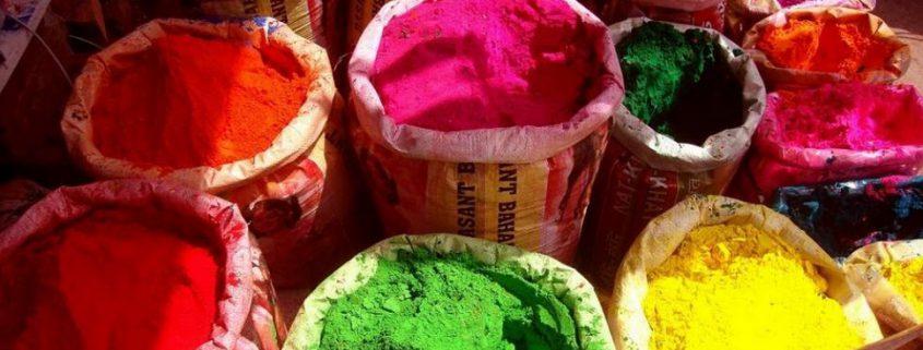 zakken met kleuren